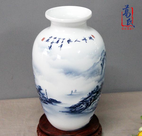 供应100件青花瓷瓶当代名人手工作品