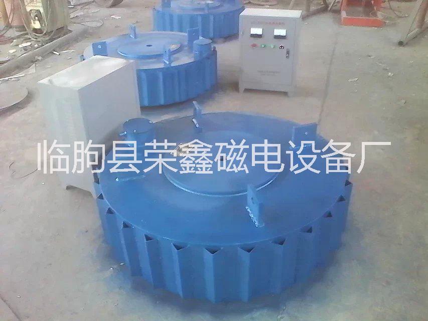 厂家生产除铁机批发,广泛用于塑料厂,耐火材料,陶瓷厂,水泥厂
