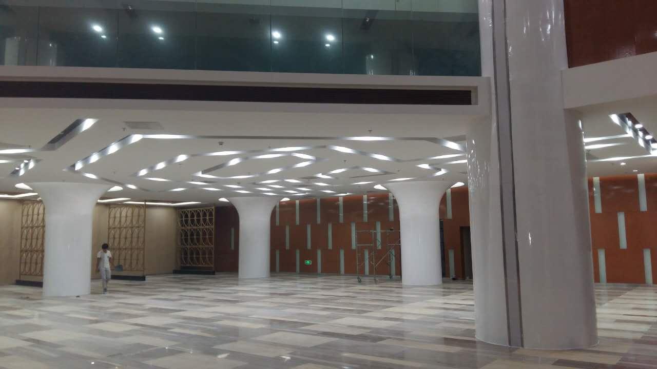 供应玻璃钢装饰柱子,ktv玻璃钢圆柱,定制玻璃钢圆柱,玻璃钢立柱,酒吧