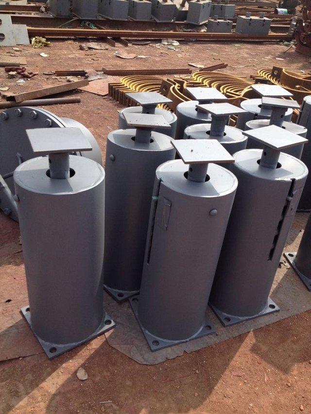 供应用于电力管道的F3垫板 批发槽钢用方斜垫圈 双向滚动吊板 立管支承板 可变弹簧支吊架厂家