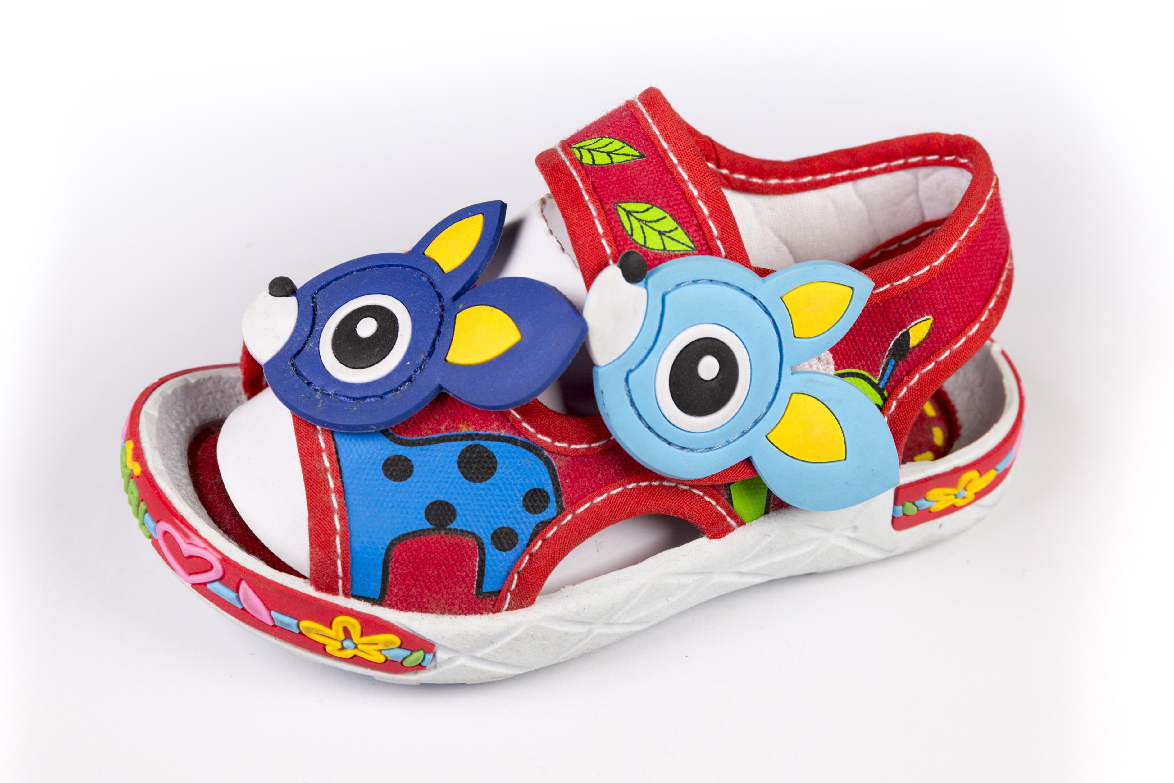 最新款男女童休闲凉鞋 公主鞋 沙滩鞋