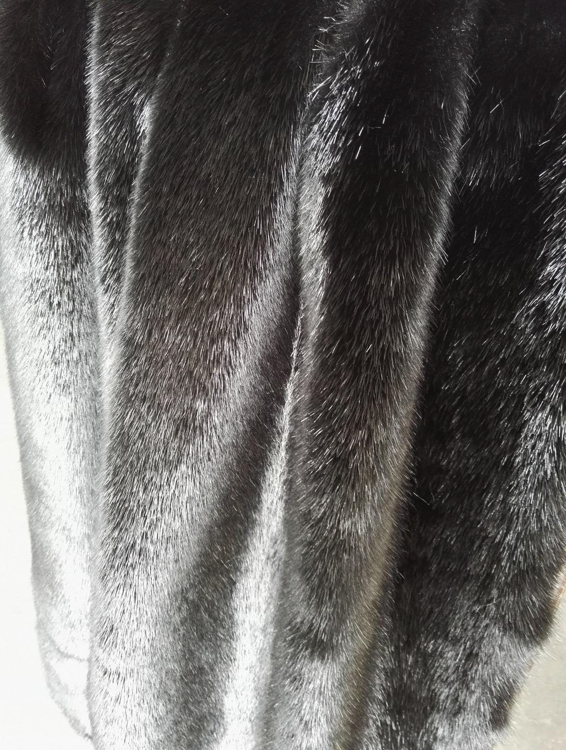 供应用于服装|鞋帽的高端黑色仿水貂毛皮