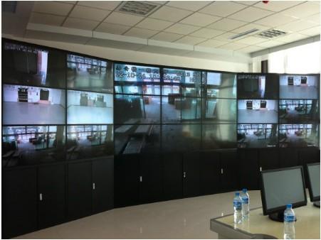 弧形拼接3X7液晶拼接屏支架监控安防显示器深圳厂家直销