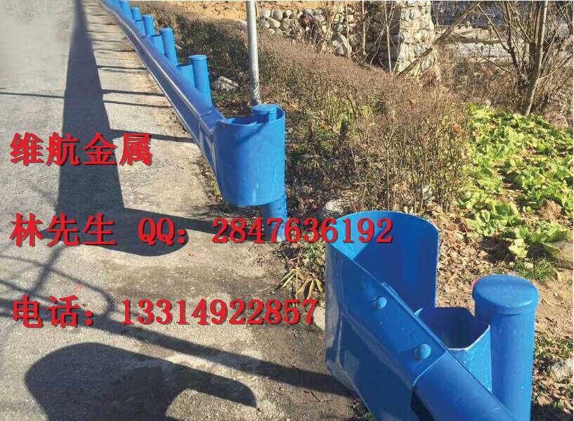 福州厂家直供Gr-B-4E镀锌波形梁护栏 喷塑高速公路护栏板 乡村道路防撞护栏