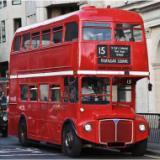 英国复古双层巴士婚礼纱摄影美陈道具电动四轮房车商场展示老爷车