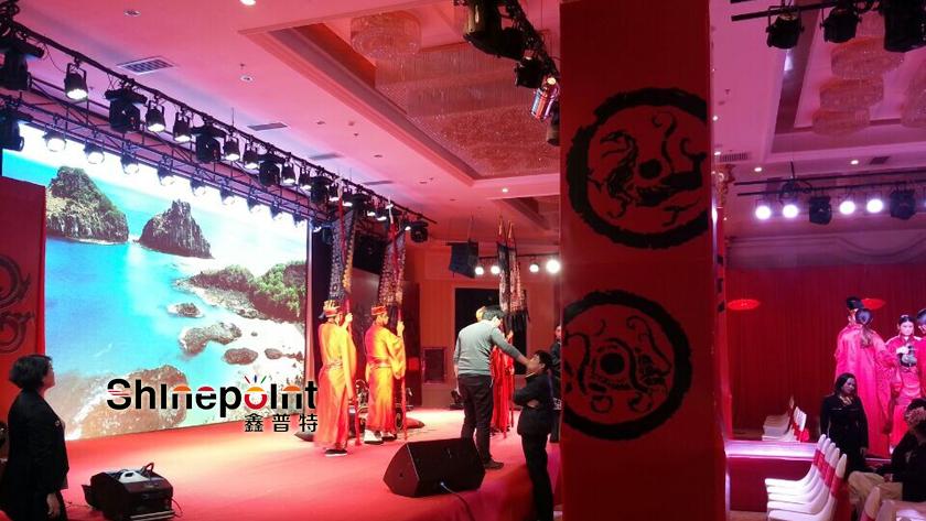 深圳led显示屏 15年LED显示屏行业经验 值得信赖 LED显示屏P10