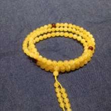 天然琥珀蜜蜡鸡油黄108珠手链 直径5.0左右批发