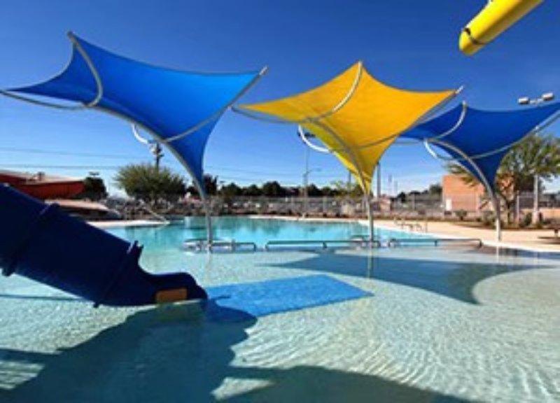 河南游泳池  游泳池报价 游泳池报价 河北游泳池定做 河北游泳池膜结构定做