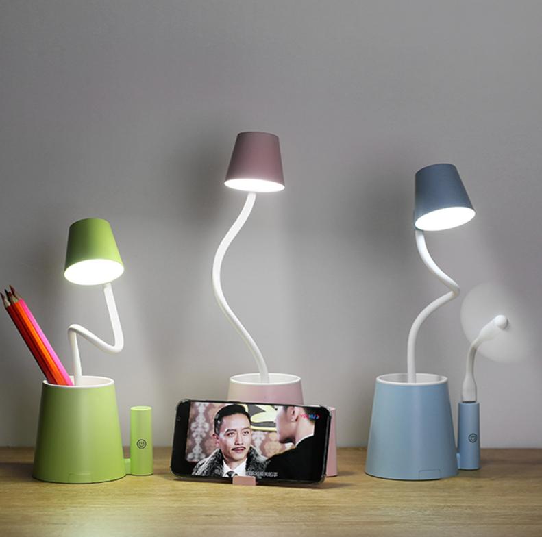 新款创意多功能小爱台灯USB充电触摸学生宿舍桌面护眼学习LED台灯