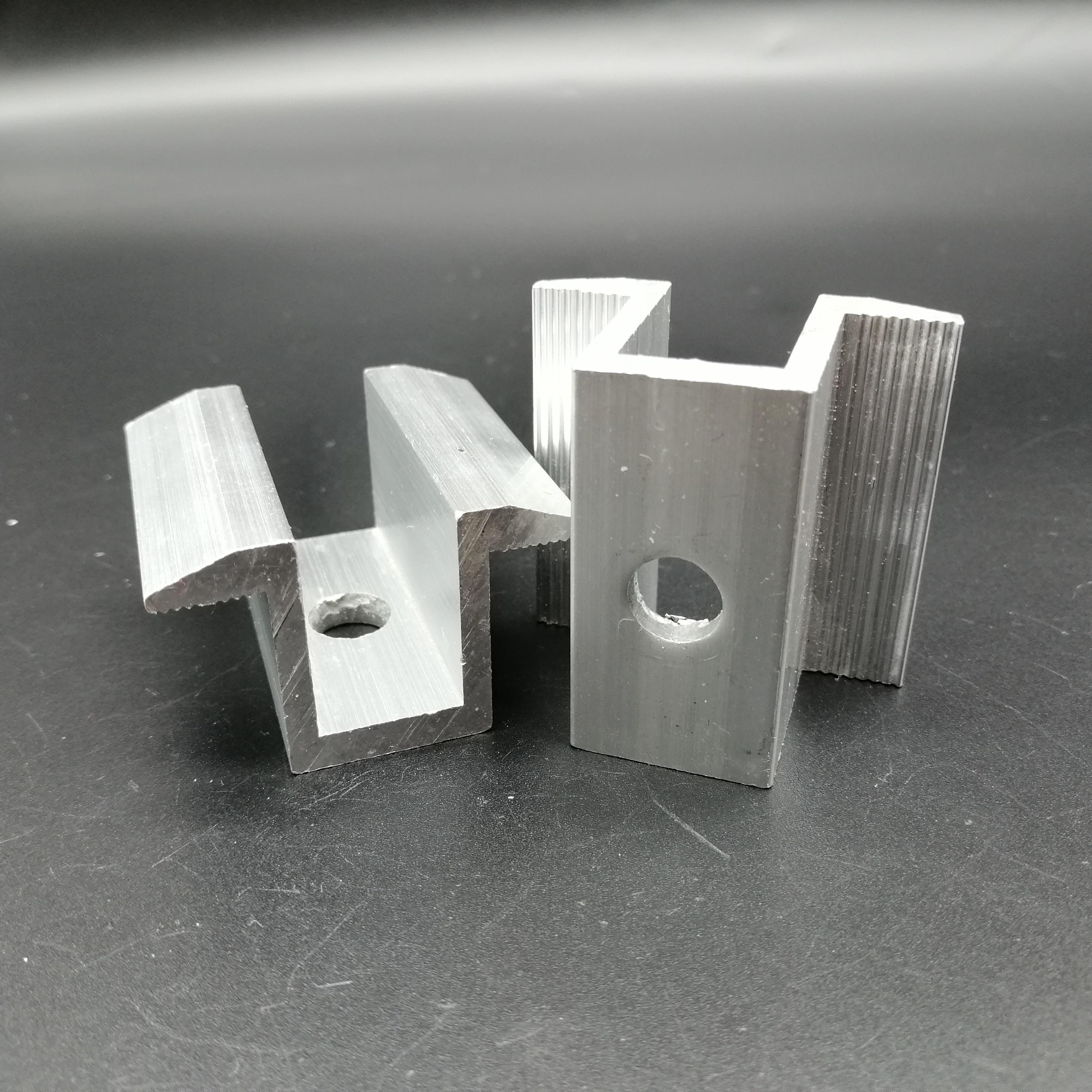电池板铝合金压块(中压块/边压块太阳能支架生产厂家