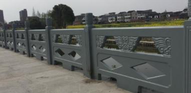 福建水泥护栏哪里有 福建水泥护栏哪里便宜